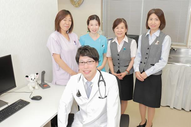 綾瀬中央診療の医師とスタッフ